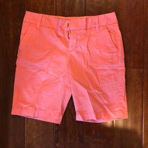 Caslon Coral 9 inch inseam shorts